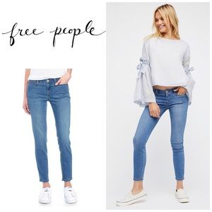 Free People stretch jeans. NWT